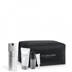 Shiseido Men Total Revitalizer Light Fluid Pouch Set